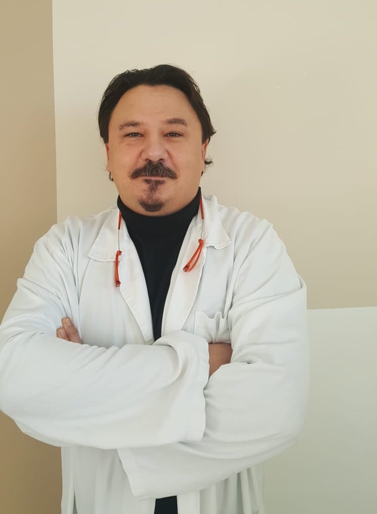 Dr. Davide Lazzarini